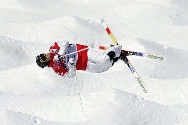 Alexandre Bilodeau a remporté troisvictoires cette saison en... (PHOTO ANDY WONG, AP)
