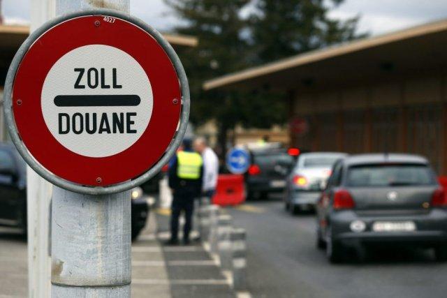 Les autorités suisses ont réagi avec pragmatisme au... (Photo Reuters)