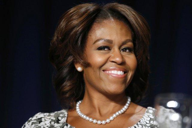 «Bonjour et bienvenue», a déclaré la première dame... (PHOTO KEVIN LAMARQUE, REUTERS)