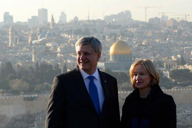 Stephen Harper et sa femmeLaureen étaient à Jérusalem... (Photo: PC)