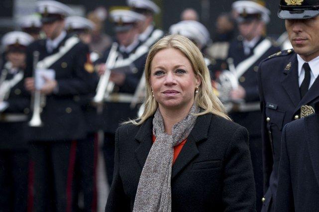 La ministre néerlandaise de la Défense Jeanine Hennis... (Photo BART MAAT, AFP)