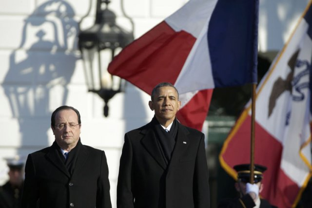 Mis sur la défensive, le président Hollande a... (Photo: Reuters)