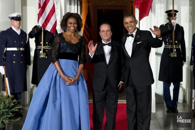 Michelle et Barack Obama accueillent François Hollande pour... (Photo Evan Vucci, AP)