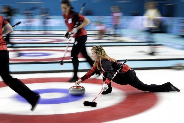 La skip Jennifer Jones... (Photo Wong Maye-E, Associated Press)