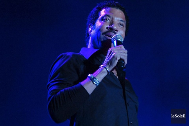 Lionel Richie en spectacle sur les Plaines d'Abraham.... (Photo: Jean-Marie Villeneuve, archives Le Soleil)