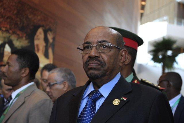 Le président du Soudan, Omar el-Béchir... (Photo Tiksa Negeri, archives Reuters)