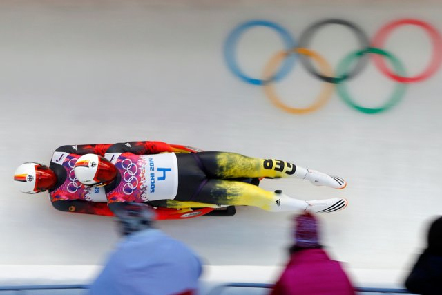 Les Allemands Tobias Wendl et Tobias Arlt ont... (Photo Arnd Wiegmann, Reuters)