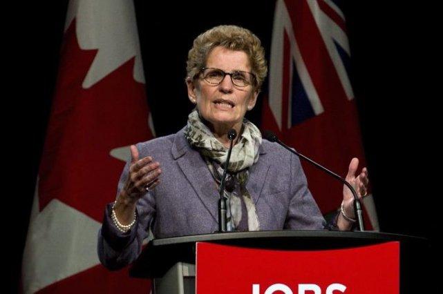 Kathleen Wynnea dénoncé une tendance du gouvernement fédéral... (Photo Galit Rodan, PC)