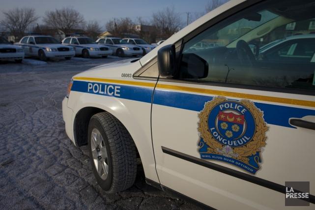 Un policier de Longueuil a été suspendu hier à la suite d'allégations selon... (Photo archives La Presse)