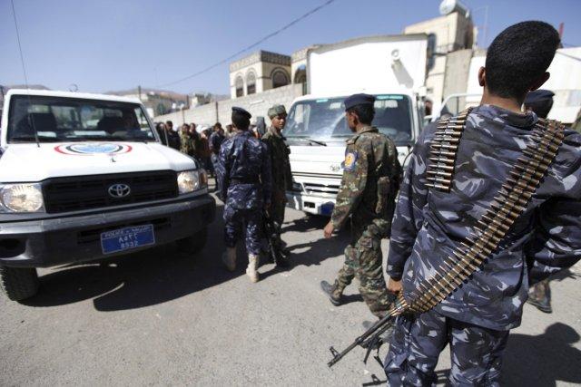 Des soldats ont été déployés en nombre après... (PHOTO MOHAMED AL-SAYAGI, ARCHIVES REUTERS)