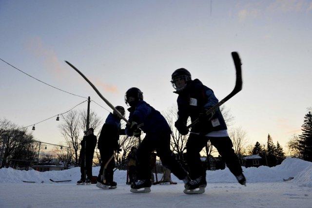 Les Ontariens seront en congé le lundi 17 février, avec la consigne, de la part... (Photo Carlos Osorio, La Presse canadienne)