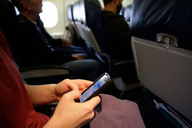 Concrètement, les passagers pourront «continuer à travailler ou... (PHOTO ARCHIVES ASSOCIATED PRESS)