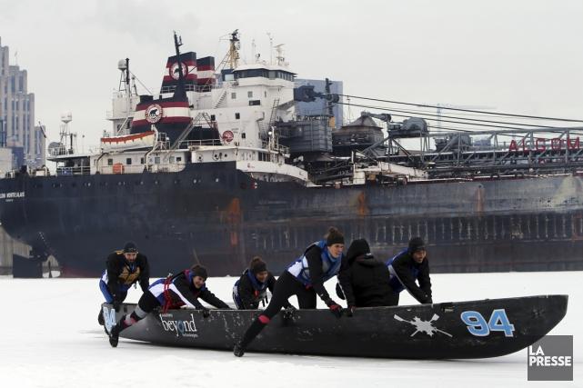 Les Draveurs de Montréal, un groupe d'étudiants de... (Photo Martin Chamberland, La Presse)
