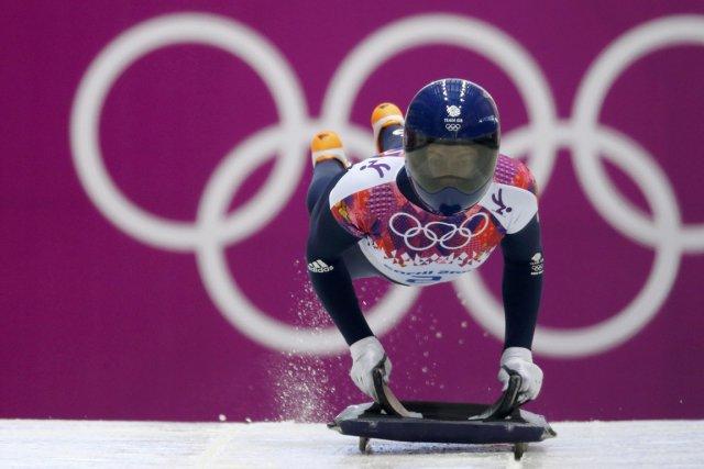 La Britannique Elizabeth Yarnold a remporté la médaille... (Photo Murad Sezer, Reuters)