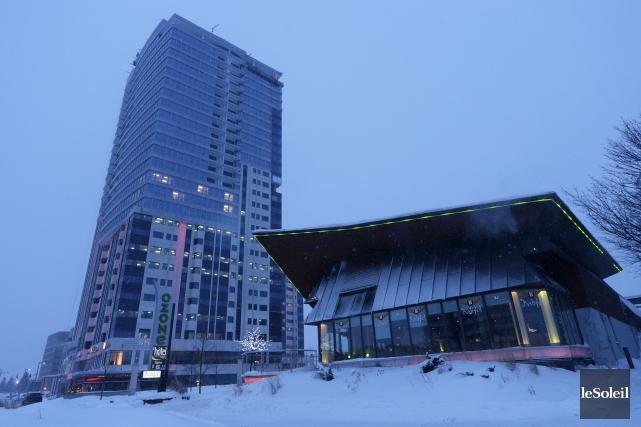 L'édifice et les terrains abritant l'Ozone Laurier (premier... (Le Soleil, Caroline Grégoire)