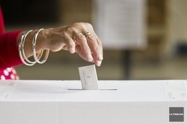 Les jours de vote par anticipation spéciaux - une nouveauté cette année -... (Archives La Tribune, Jocelyn Riendeau)
