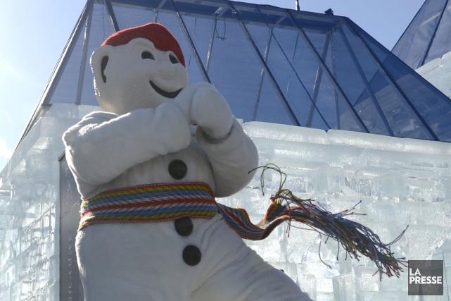 Le Palais de glace de Bonhomme Carnaval, qui... (Photo Bernard Brault, La Presse)