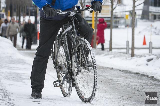 Vélo Québec travaille à démystifier la pratique du... (Photo Olivier Pontbriand, Archives La Presse)