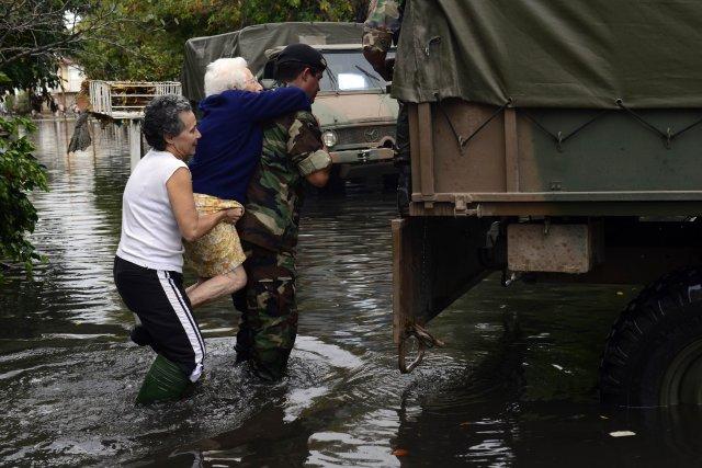 Une inondation survenue en avril 2013 avait également... (Photo DANIEL GARCIA, Archives AFP)