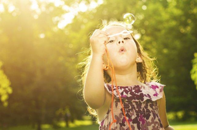 Selon Deborah Carlisle Solomon, les jouets devraient favoriser... (Photo Thinkstock)