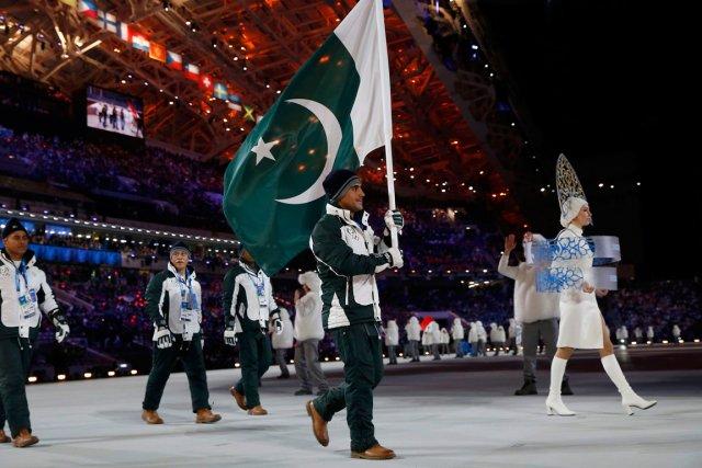 Muhammad Karim (au centre), 18 ans, est le... (Photo Jim Young, Reuters)