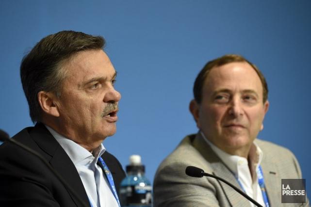 René Fasel et Gary Bettman... (Photo Bernard Brault, La Presse)