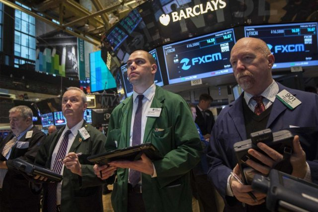 Le retour des investisseurs se faisait dans le... (PHOTO BRENDAN MCDERMID, REUTERS)