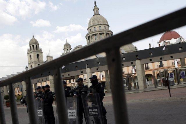 La sécurité a été renforcée à Mexico et... (Photo: Reuters)
