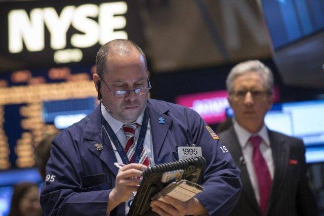 Les Bourses, petites et grandes, de la planète... (PHOTO BRENDAN MCDERMID, REUTERS)