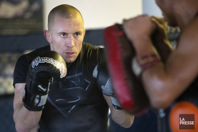 Georges St-Pierre à l'entraînement à la salle de... (Photo: Robert Skinner, La Presse)
