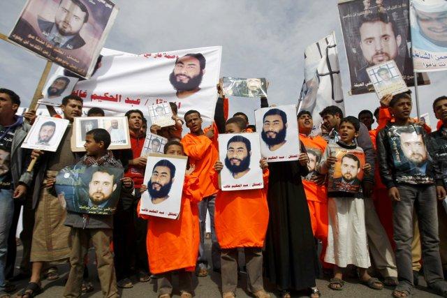 Des proches de détenus yéménites deGuantánamo ont manifesté... (PHOTO HANI MOHAMMED, AP)