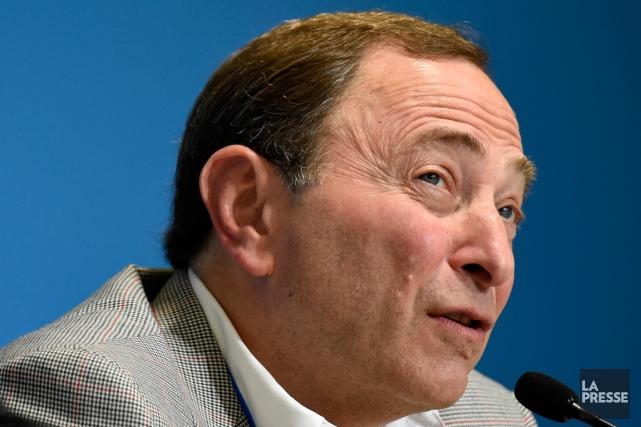Le commissaire de la LNH Gary Bettman était... (Photo Bernard Brault, La Presse)