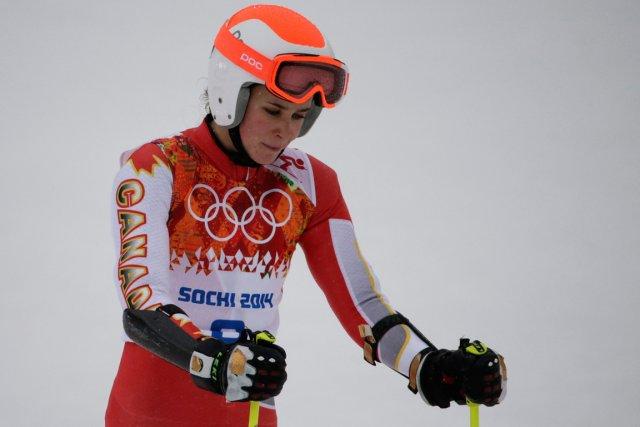 L'abandon de Marie-Michèle Gagnon au slalom géant, hier,... (Photo Gero Breloer, AP)
