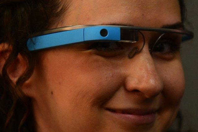 Pour calmer les inquiets, Google suggère aux utilisateurs... (PHOTO Frederic J. BROWN, AFP)