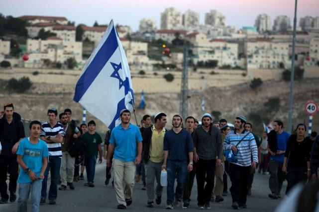 Quelque 350 000 colons juifs vivent dans les... (PHOTO AFP)