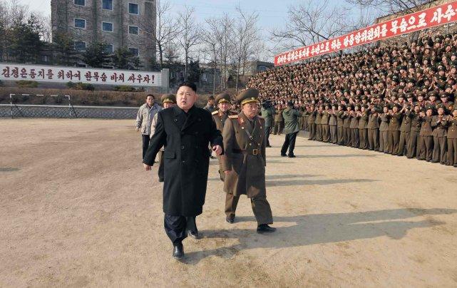 Kim Jong-un perpétue le joug totalitaire orchestré par... (Photo archives Agence France-Presse)