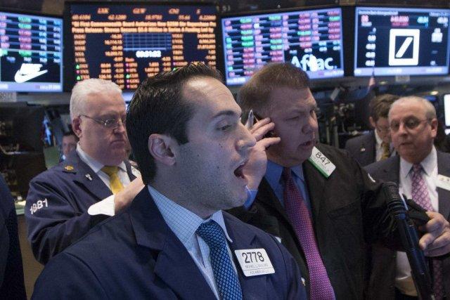 Wall Street a terminé nettement dans le vert jeudi, choisissant de se... (PHOTO BRENDAN MCDERMID, REUTERS)