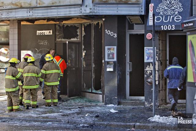 La cause de l'incendie n'est pas encore connue.... (Photo Patrick Sanfaçon, La Presse)