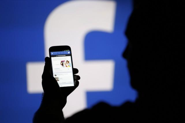 Messenger est présenté comme un outil plus rapide... (PHOTO DADO RUVIC, ARCHIVES REUTERS)