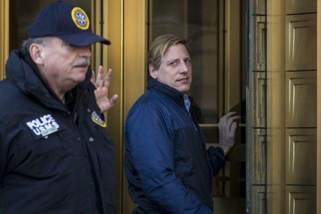 Dana Giacchetto (à droite) arrive en cour.... (Photo: Reuters)