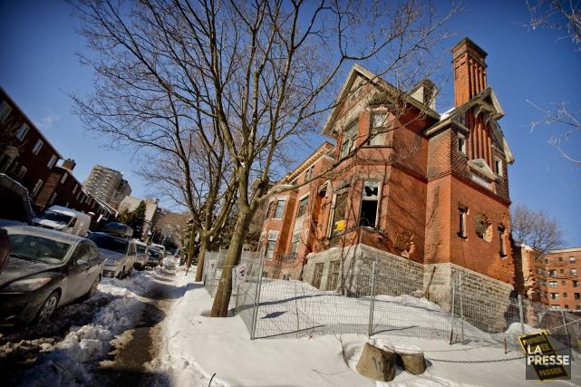 La Maison Redpath est en décrépitude depuis de... (Photo Marco Campanozzi, La Presse)