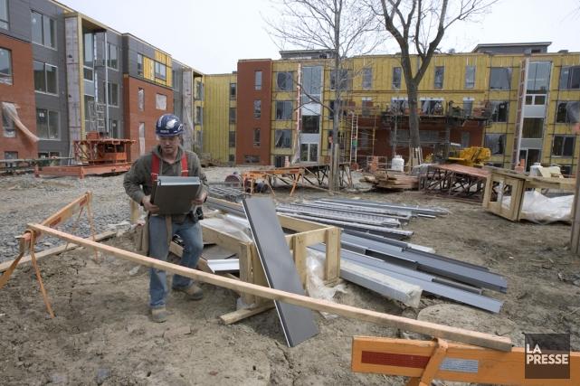 Québec planifie la construction de 14543 logements sociaux... (PHOTO ALAIN ROBERGE, ARCHIVES LA PRESSE)
