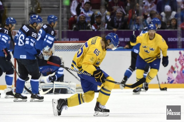 Erik Karlsson a marqué le but gagnant de... (Photo Bernard Brault, La Presse)