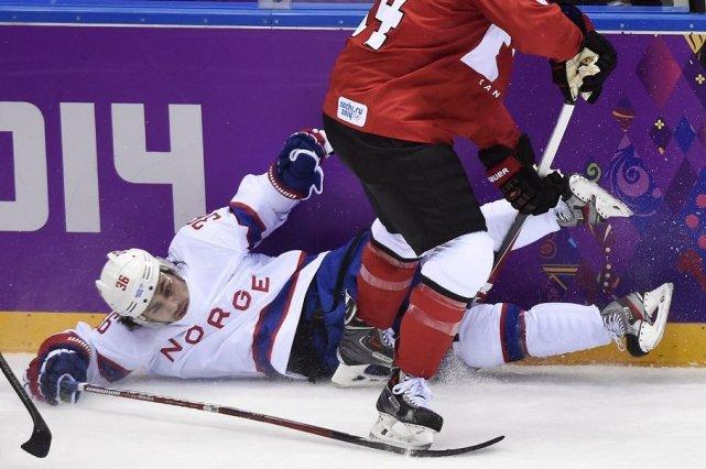 L'attaquant des Rangers de New York, Mats Zuccarello, devra rater quelques... (La Presse Canadienne)