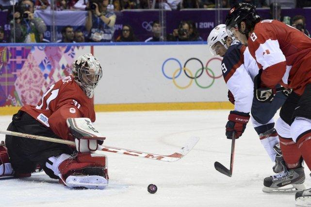 Vendredi contre les Américains, Carey Price avait le... (PHOTO JONATHAN NACKSTRAND, AFP)