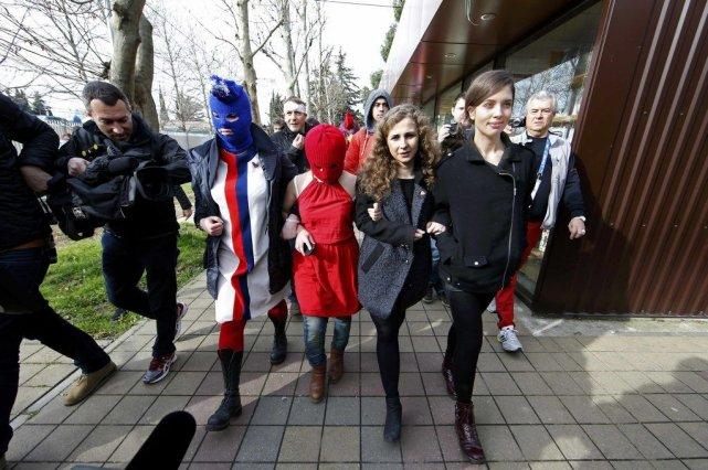 Pussy Riot a passé cinq jours à Sotchi... (PHOTO ERIC GAILLARD, REUTERS)