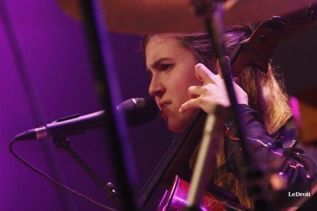 Dom La Nena en concert à Gatineau, le... (PHOTO SIMON SÉGUIN-BERTRAND, LE DROIT)