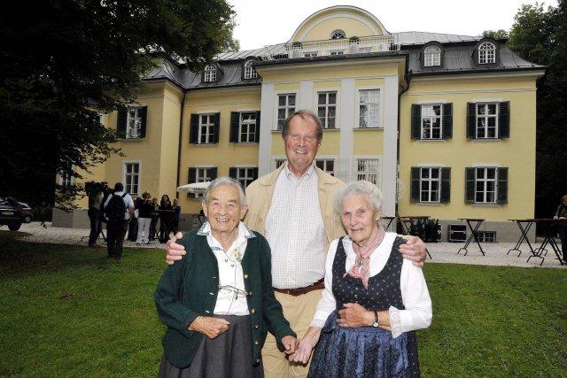 Maria Von Trapp (à gauche) en compagnie de... (Photo Kerstin Joensson, archives AP)