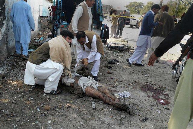 L'explosion d'une bombe artisanale à Kohat, ville du... (Photo AFP)