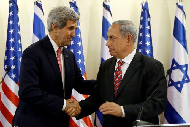 John Kerry a rencontré Benyamin Nétanyahou lors d'un... (Photo: AFP)
